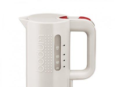 Calienta tus infusiones con el hervidor de agua Bodum Bistro por 28,96€ gracias a Amazon