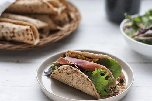 Receta de tunnbröd o pan polar, el pan sueco que podréis tener listo para cenar en apenas unos minutos