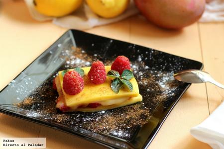 Milhojas sencillo de mango y frambuesas. Receta