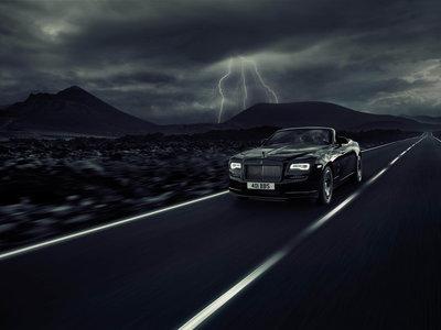 """Rolls-Royce Dawn Black Badge, el nuevo """"deportivo"""" de la marca de lujo inglesa"""