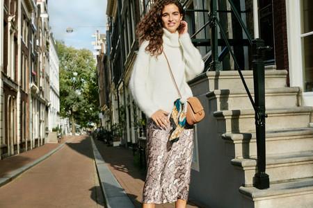Los tonos neutros se apoderan de la nueva (y sencilla) colección de H&M demostrando que no se necesita mucho para tenerlo todo