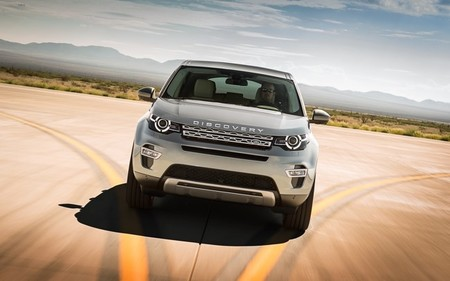 landrover-discovery-sport-2015-650-15.jpg