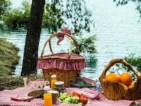 Para el picnic perfecto necesitas un cesto a cuadros