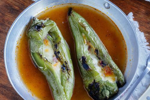 Pimientos italianos rellenos de jamón y queso: receta