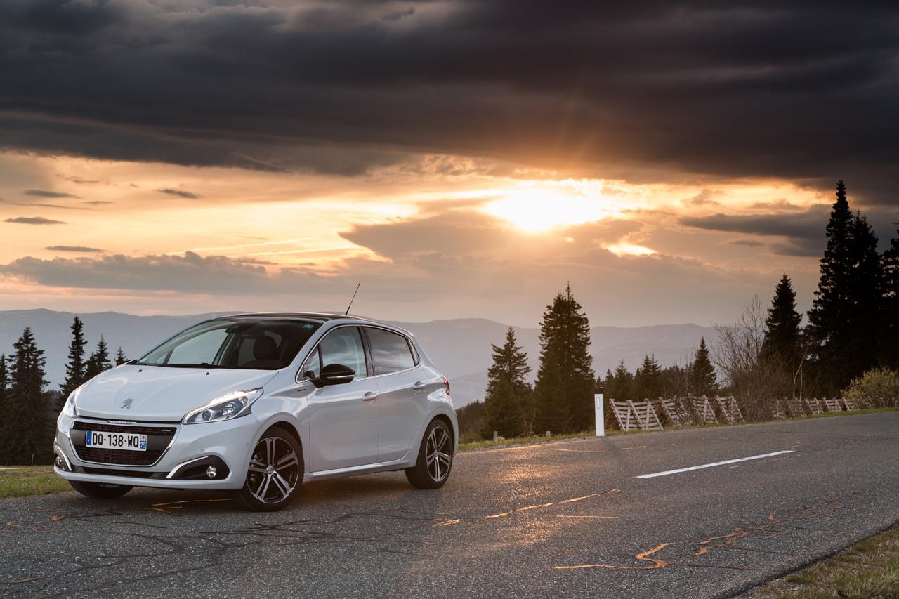 Foto de Peugeot 208 2015 (presentación) (22/34)