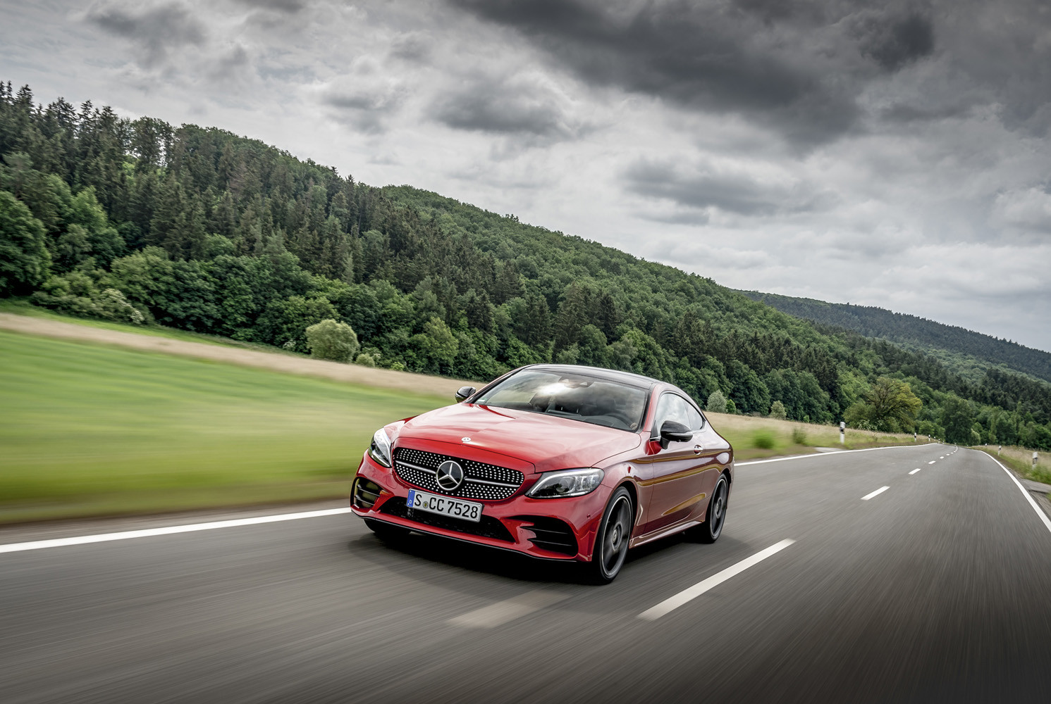 Foto de Mercedes-Benz Clase C 2018, toma de contacto (3/255)