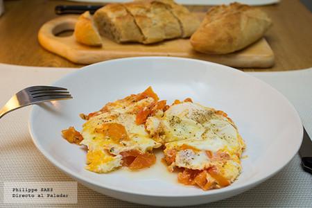 Huevos con jitomate. Receta para desayuno