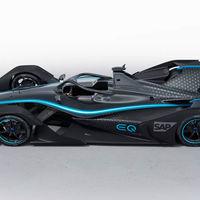 Así luce el primer coche de carreras 100% eléctrico de Mercedes: el EQ Silver Arrow 01 asoma en el Salón del automóvil de Ginebra