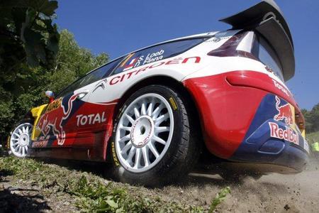 Rally de Alemania 2010: Sébastien Loeb acelera y marca distancias en el Panzerplatte