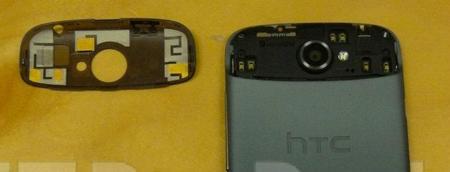 HTC One S trasera