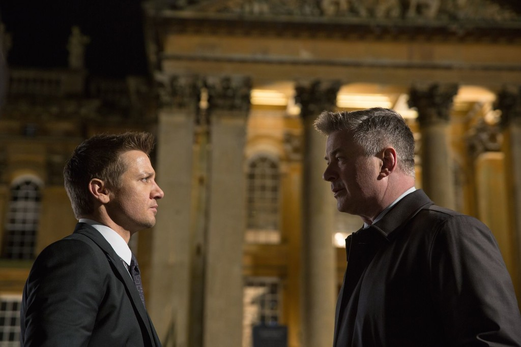 Jeremy Renner and Alec Baldwin in Mission Impossible 5: Nation of secrets