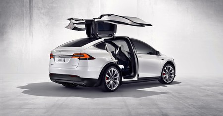 Tesla cancela el Tesla Model X 60D tras tres meses en el mercado
