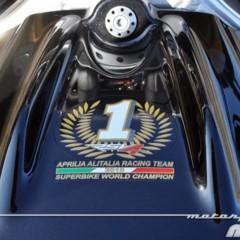 Foto 13 de 36 de la galería aprilia-tuono-v4-r-aprc-prueba-valoracion-y-ficha-tecnica en Motorpasion Moto