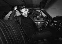 Jon Kortajarena, un James Dean en blanco y negro que sube los calores y los ánimos para Zara