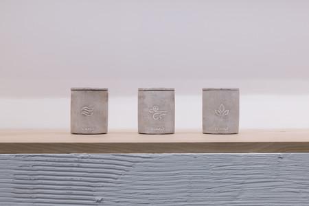 El compromiso de Ecoalf con la sostenibilidad, ahora también en unas velas para el hogar