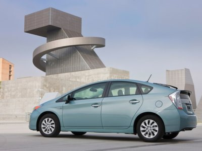 El Toyota Prius Plug-in triplicará su autonomía eléctrica, o al menos eso se especula