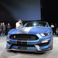 Ford anuncia el limitado número de unidades que producirá del Mustang Shelby GT350 2015