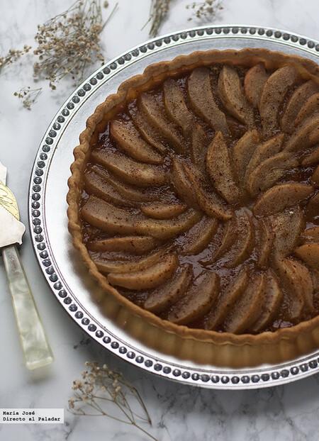 Tarta especiada de peras con miel
