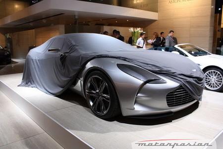 Aston Martin vende toda la producción del One-77 durante el Salón de París