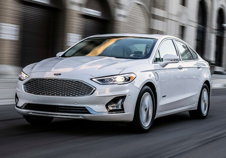 Ford Fusion 2019 1280 02