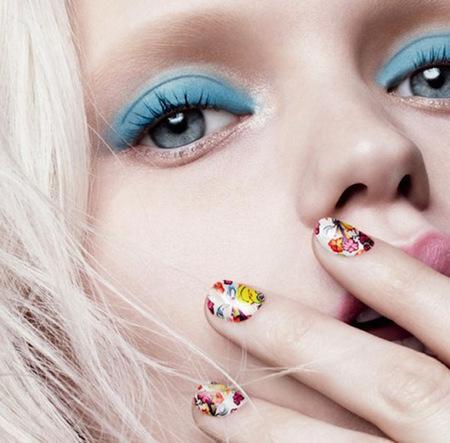 La auto-expresión de los Tags del Street-Art en la manicure, la nueva propuesta de Calvin Klein