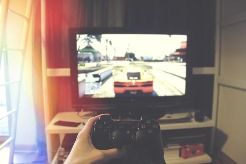 Cómo es jugar hoy a videojuegos a los que todo el mundo jugó hace 2 años