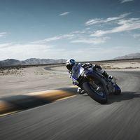 Cigüeñal contrarrotante, transmisión seamless y distribución variable: ¡la próxima Yamaha YZF-R1 promete!