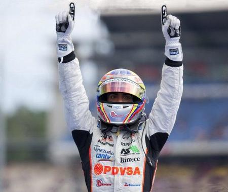 """Pastor Maldonado se """"gana"""" un asiento en Williams F1"""