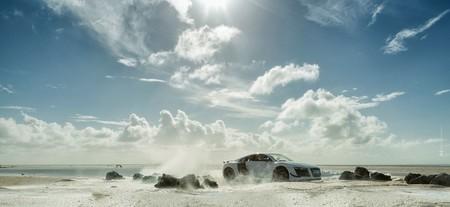 Cómo fotografiar un Audi R8 de 200.000 euros usando una maqueta de 40 dólares