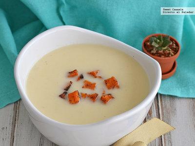 Sopa de palmitos con croutones de camote. Receta