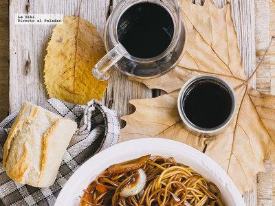 Espaguetis caramelizados con balsámico. Receta fácil y deliciosa