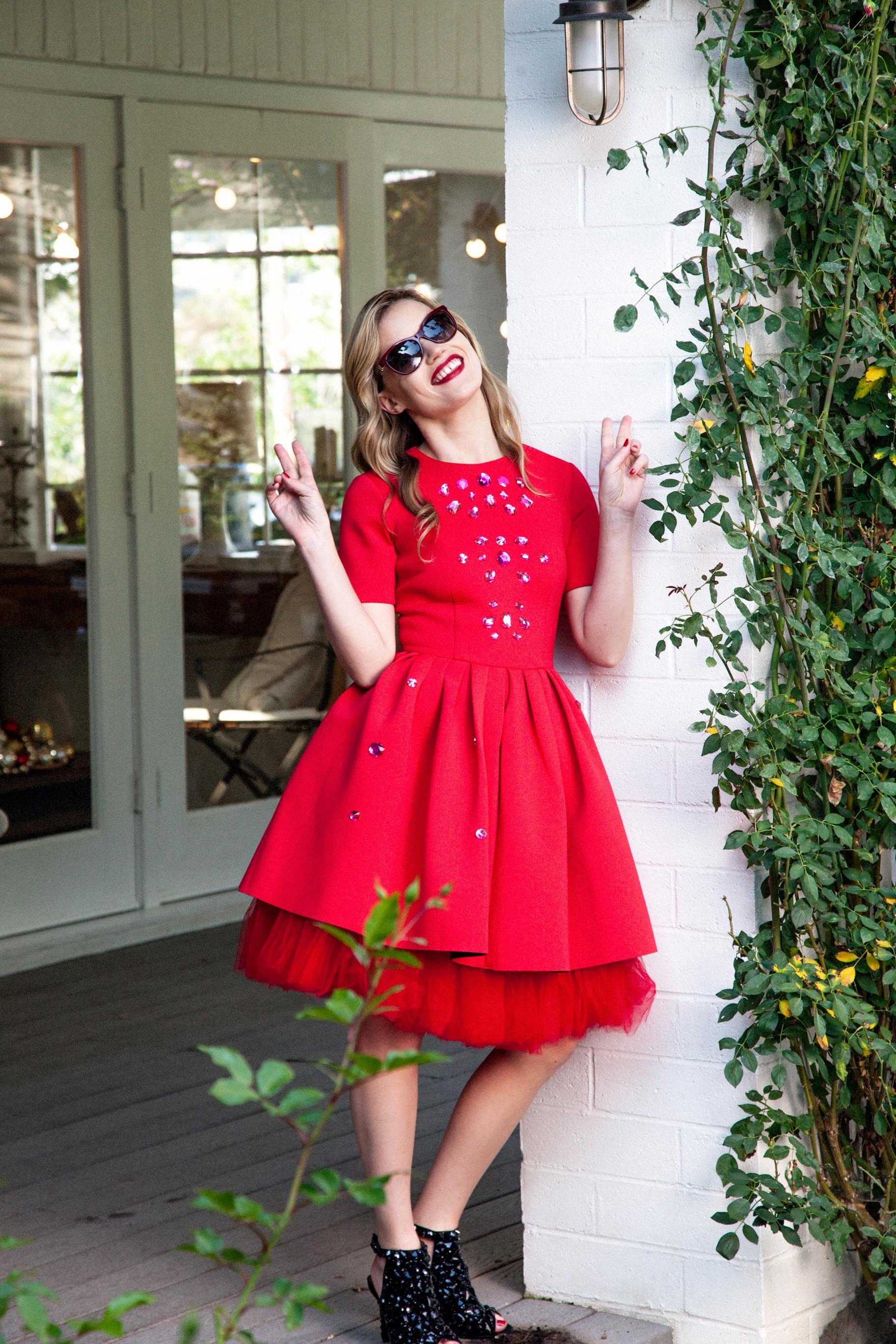 Foto de Georgia May Jagger, una Mamá Noel muy sexy en la campaña Sun Glasses Hut (28/30)