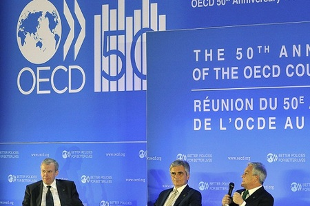 La OCDE no conoce las circunstancias en las que tienen que pelear las empresas españolas