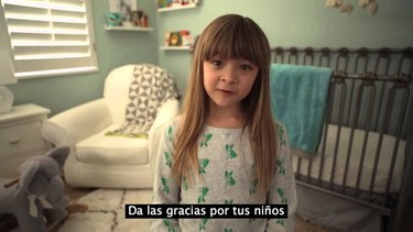 Diez consejos para padres primerizos por padres que habrían querido recibirlos (vídeo)