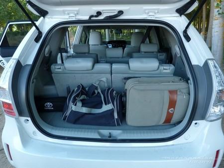 Toyota Prius+ monovolumen maletero