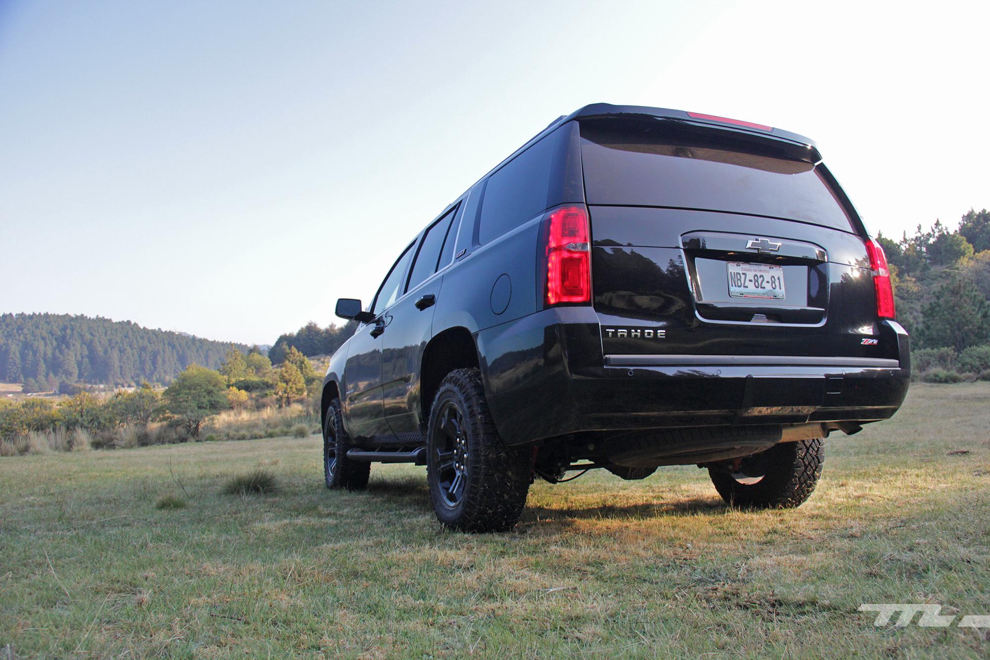 Foto de Chevrolet Tahoe Midnight (7/22)