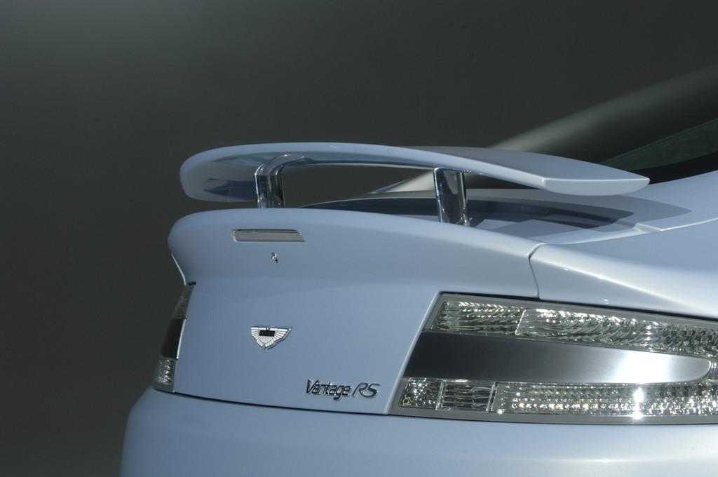 Foto de Aston Martin V12 Vantage RS (19/29)