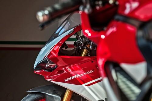 Ducati 1299 Panigale R Final Edition: 60 fotos y un vídeo para rendir culto a la diosa bicilíndrica