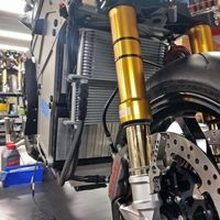 La moto eléctrica Lightning LS-218 de 200 CV y hasta 290 km de autonomía ya ha entrado en producción