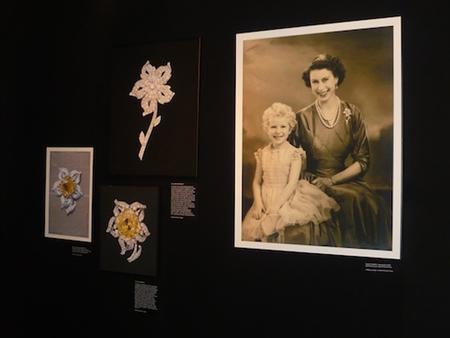 Queen Elizabeth con diamante Williamson