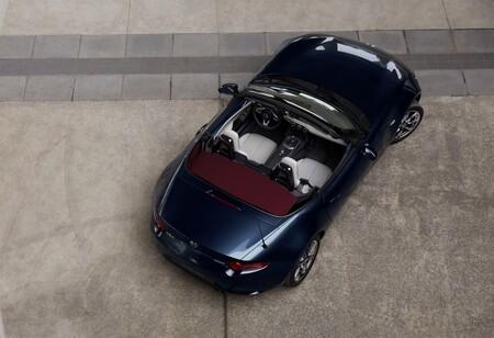 El Mazda MX-5 recibe un soplo de aire fresco con una versión especial: el MX-5 Blue & Red Edition, y ya tiene precio