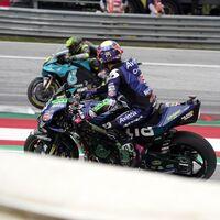Lo más parecido a una MotoGP naked: Enea Bastianini perdió el carenado de su Ducati y dejó la mecánica al descubierto