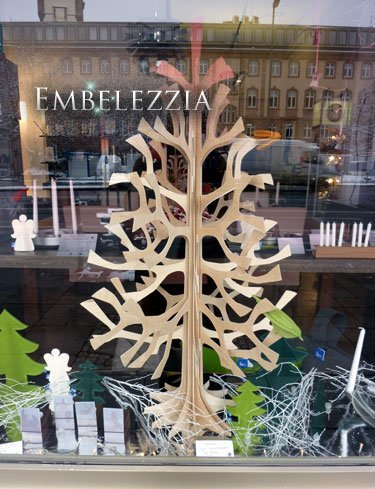 Un lujo de Navidad: el árbol navideño tridimensional de Lovi. Diseño finlandés