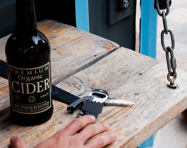 Sacacorchos pirata, para abrir tus botellas de vino de manera divertida