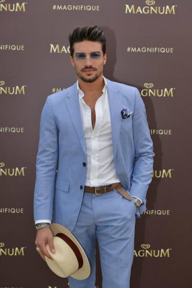 ¿Cómo hay que ir vestido al Festival de Cannes si eres un común de los mortales? Mariano di Vaio ha estado y nos lo muestra
