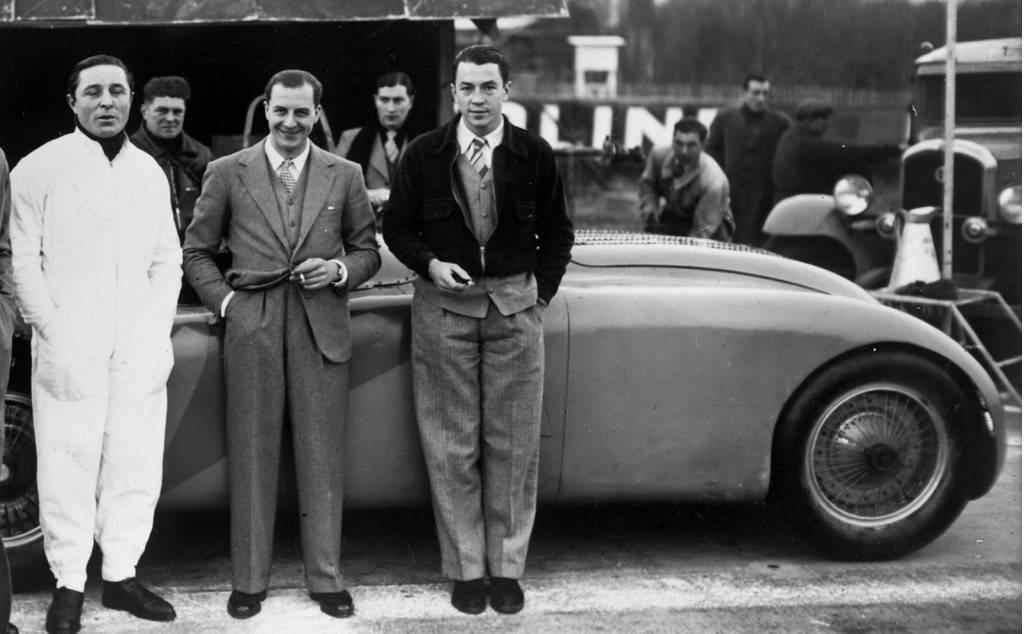 Foto de Bugatti Veyron Legend Jean-Pierre Wimille (7/10)