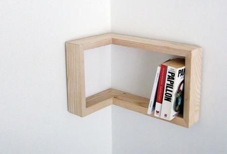 Una buena idea: estantes reversibles para esquinas