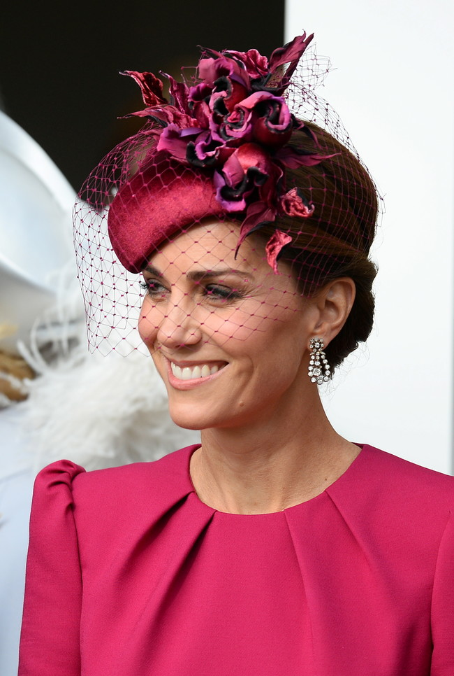Boda de la princesa Eugenia de York y Jack Brooksbank: Kate Middleton apuesta por su corte preferido de vestido