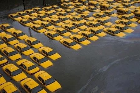 Taxistas del mundo unidos contra Uber