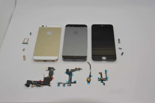 iPhone 5s y las distintas partes que han ido apareciendo gracias a distintos vendedores de hardware